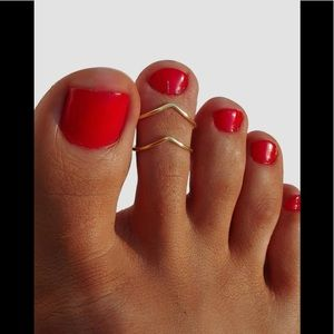 2 V Shaped Toe Ring